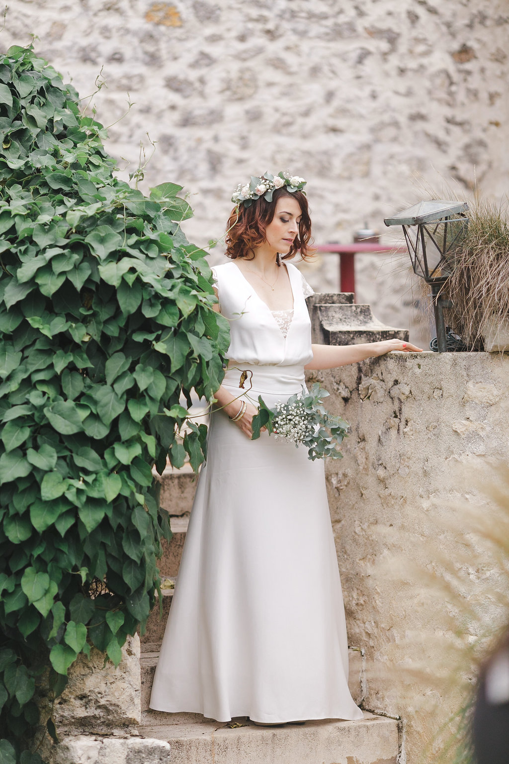 Location robe de mariée La Rochelle robe Camille profil ceinturée