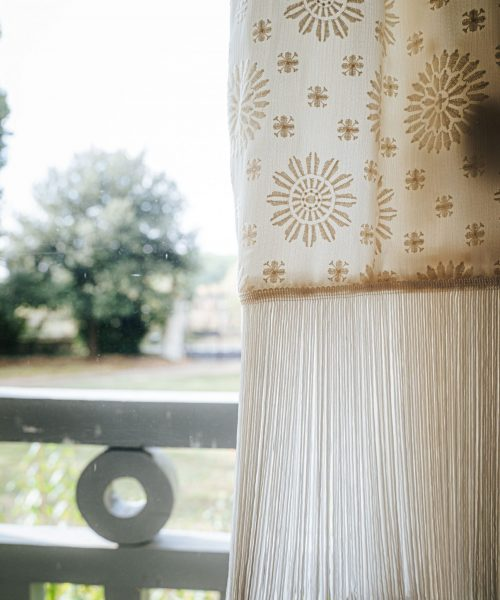 Location Robe de mariée La Rochelle robe Julie detail franges